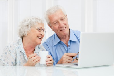 Screen Magnifiers and Screen Readers for the Elderly