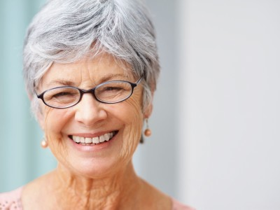 Graying Hair with Age and White Hair in the Elderly